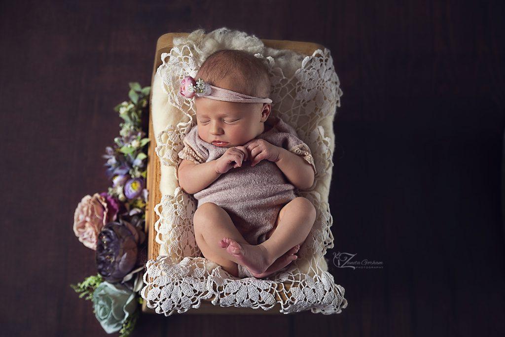 best-newborn-photographer-burton-on-trent-upon-swadlincote-derby-word-best-london-birmingham-notthingham-baby-photos